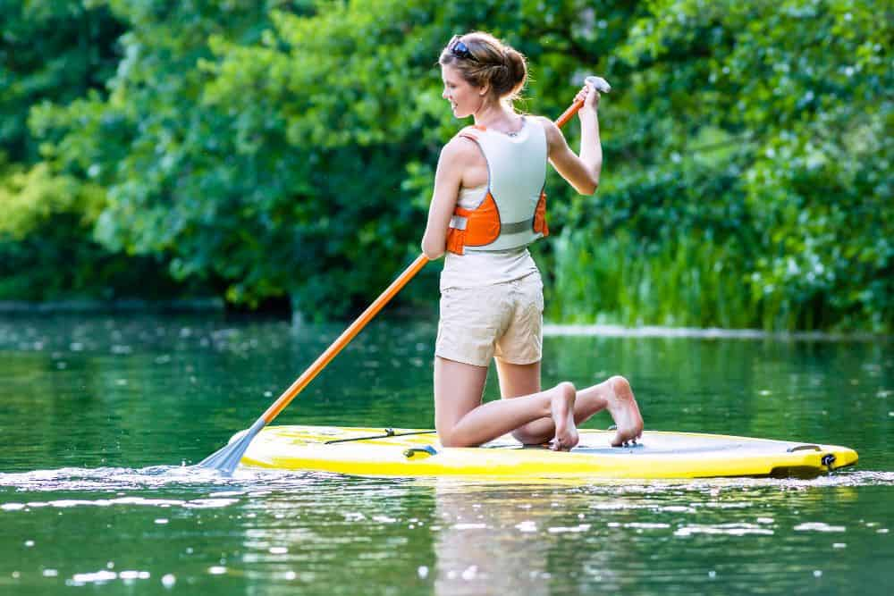 Top 8 Life Jackets for Paddle Boarding
